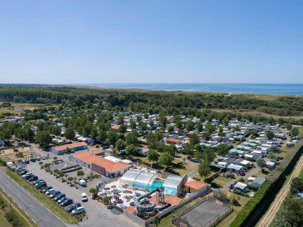 Le Bahamas Beach - St Gilles Croix de Vie - Vendée (1)