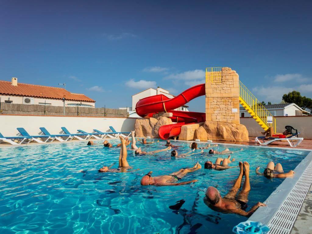 camping avec piscine proche Aqualand